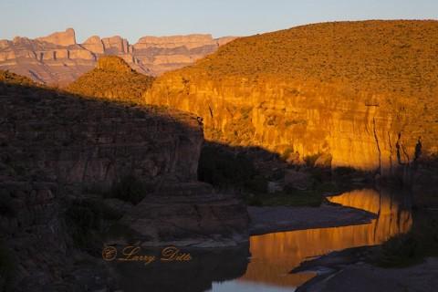 Rio Grande and Boquillas Rim at sunset, Big Bend Natl. Park