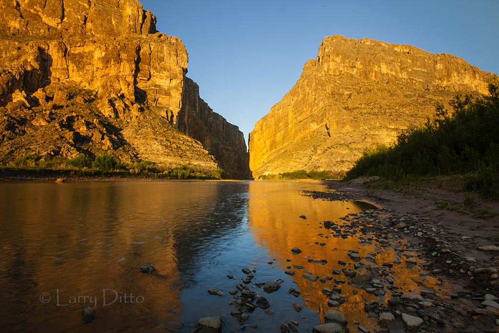 singles in big bend national park On a recent visit to big bend national park, we stayed in the chisos mountain lodge the lodge is located in an excellent location and provides great access to the park  it was rustic.