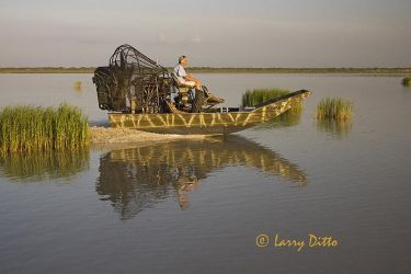 Airboat_Larry_Ditto_X0Z0971