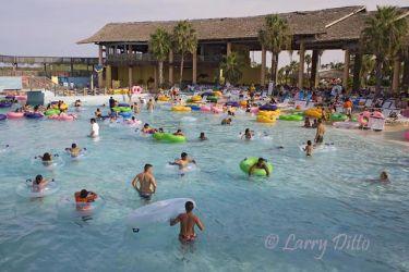 Schlitterbahn_Beach_Waterpark_Larry_Ditto_X0Z1407