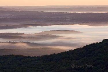 Sunrise_in_the_Ozarks_Larry_Ditto_X0Z2543