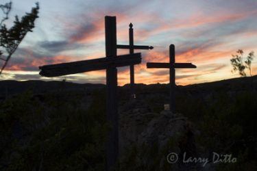 Terlingua_Cemetery_Larry_Ditto_x0z1979