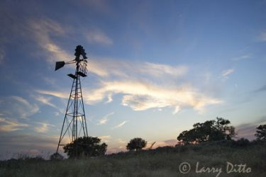 windmill-at-sunset_Larry_Ditto